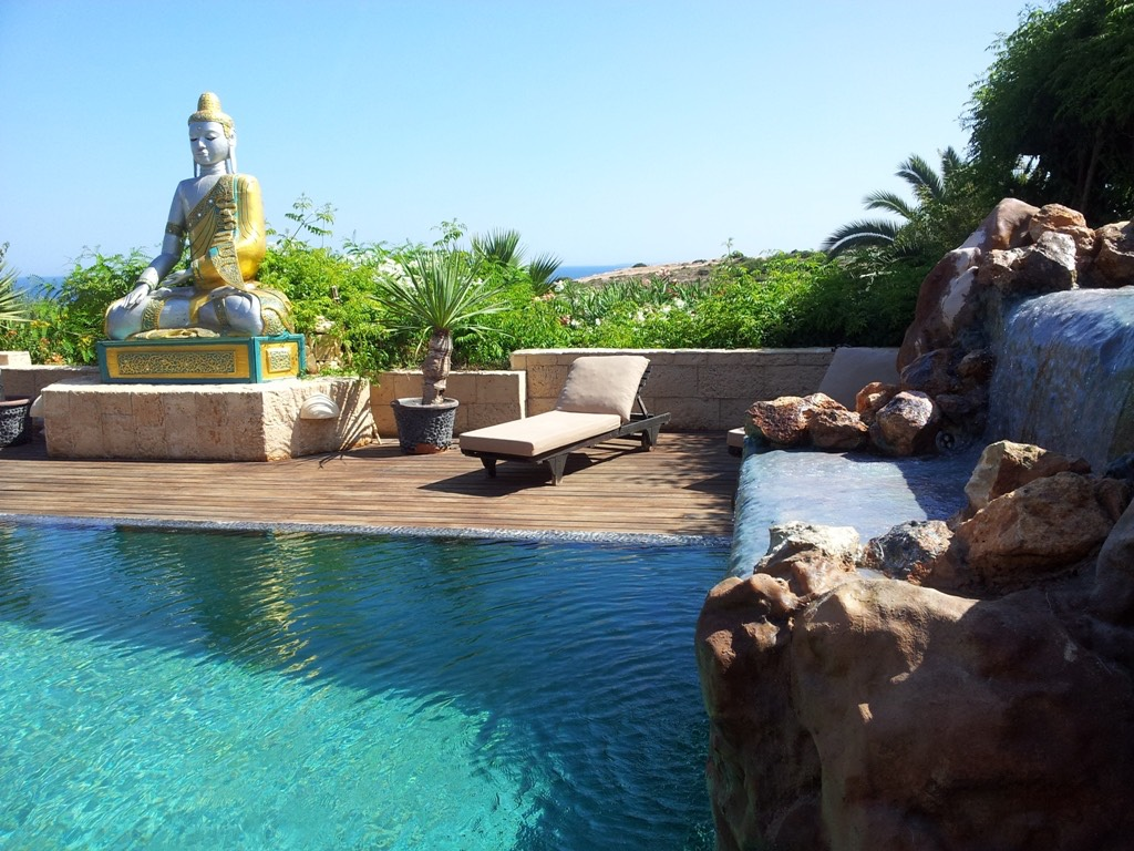 casa gazebo ibiza waterval and buddha